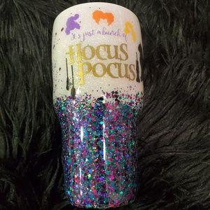 Hocus pocus glitter tumbler!!